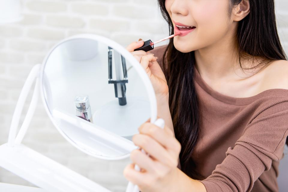 Unlikely Alliance Sets First Scorecard for Better Beauty Products